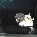 Faulty oven door latch.