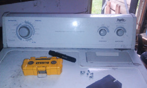 Inglis Dryer Thermofuse and Thermostat Repair