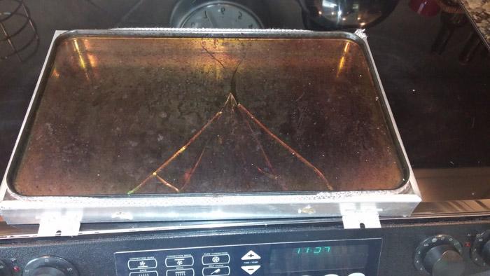 The glass is broken on this Dacor Oven's Door.